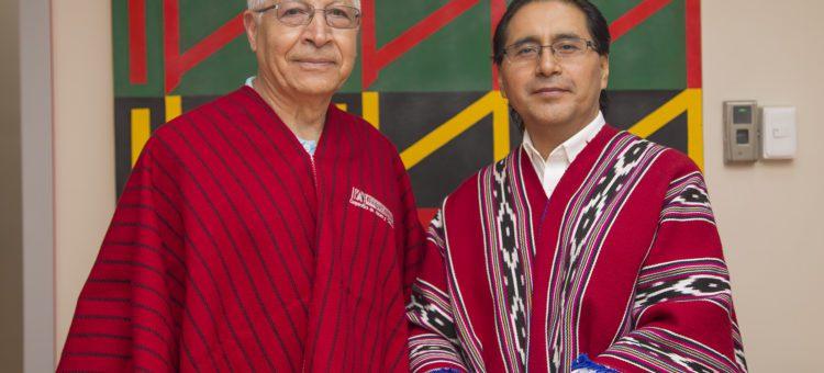 Ex presidente de la Fundación Chimborazo en New York, visita la  Cooperativa Daquilema.